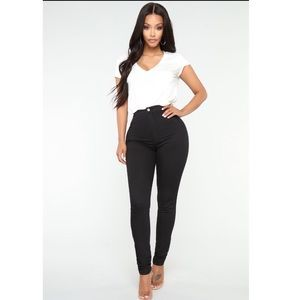 FASHION NOVA Black High Waisted Jeans BRAND NEW